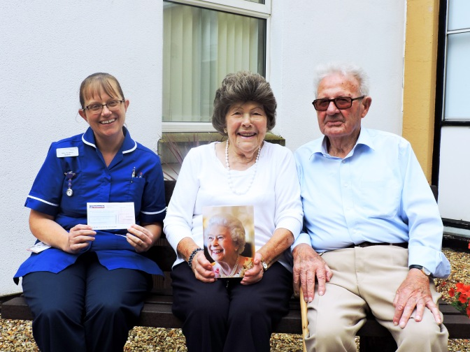 Emneth couple celebrate 70th wedding anniversary with QEH donation